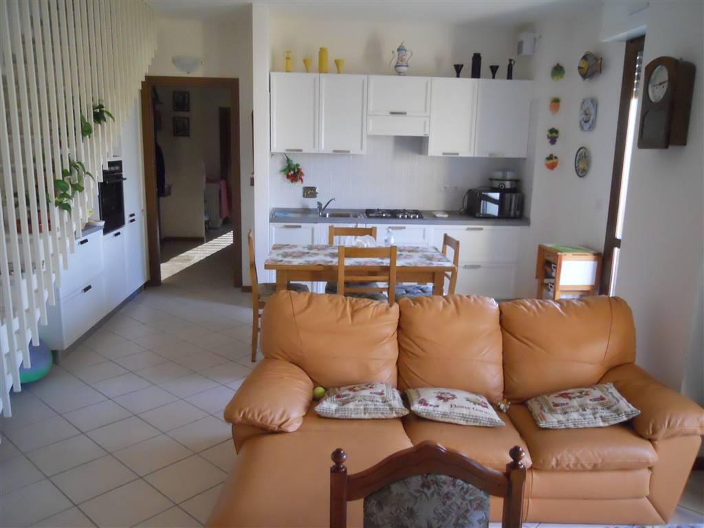 Appartamento in vendita a Imola, 4 locali, zona Zona: Villaggio, prezzo € 290.000 | Cambio Casa.it