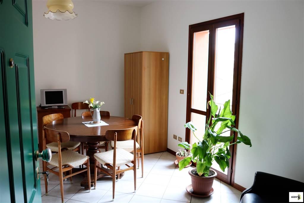 Appartamento in affitto a Imola, 2 locali, zona Zona: Centro, prezzo € 90.000 | Cambio Casa.it