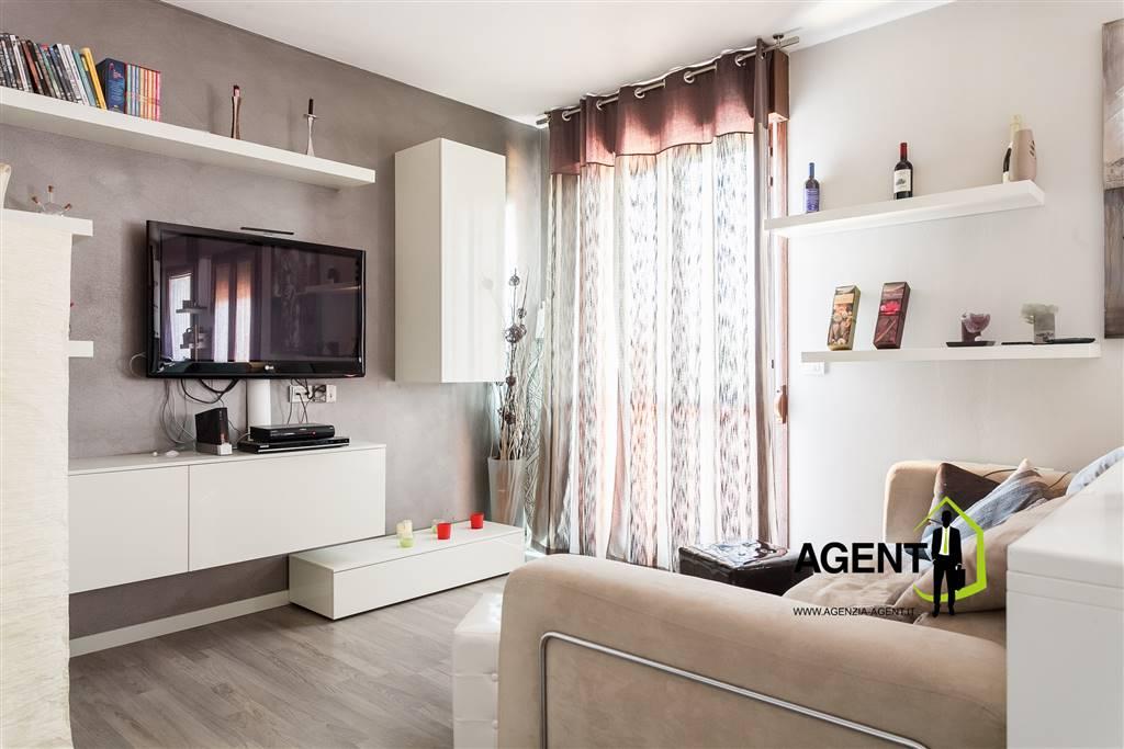Appartamento in vendita a Imola, 5 locali, prezzo € 178.000 | Cambio Casa.it