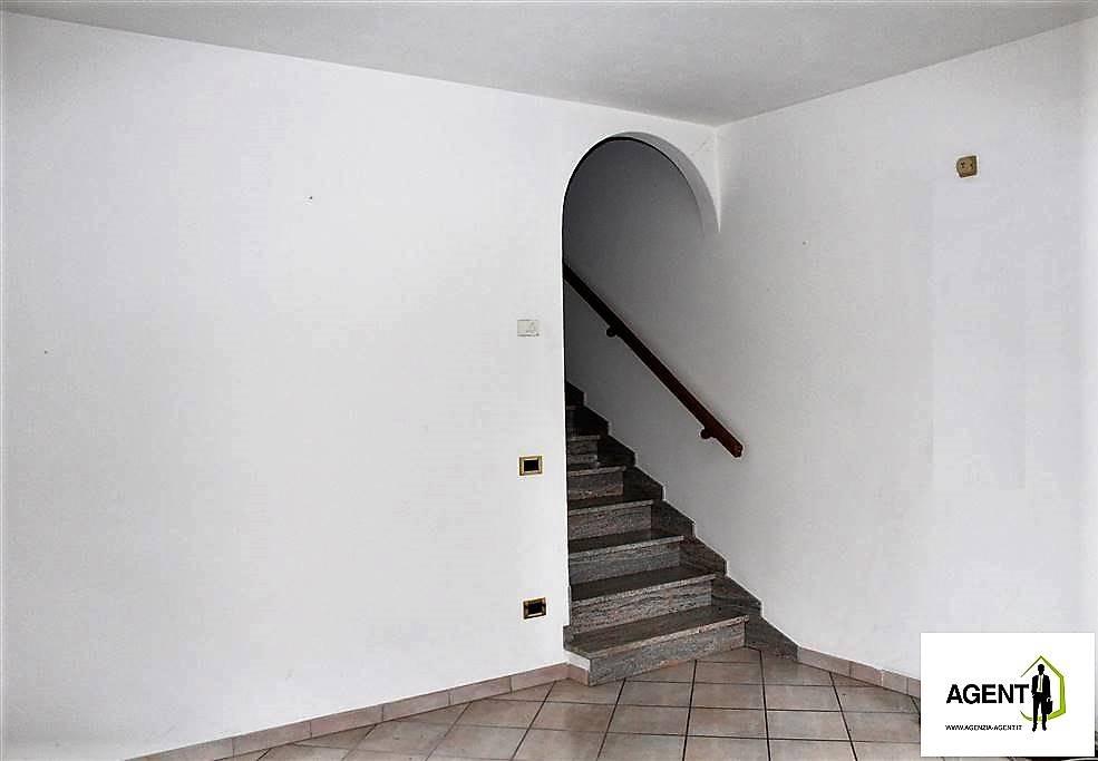 Soluzione Semindipendente in vendita a Sant'Agata sul Santerno, 6 locali, prezzo € 188.000 | Cambio Casa.it