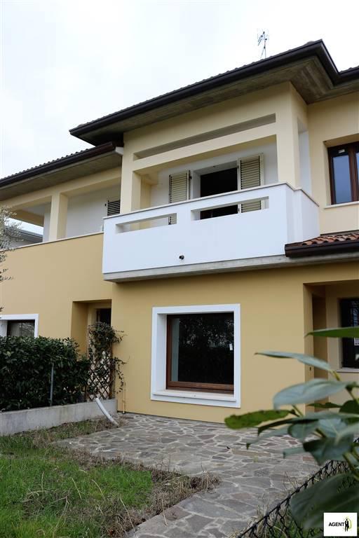 Villa a Schiera in Vendita a Lugo