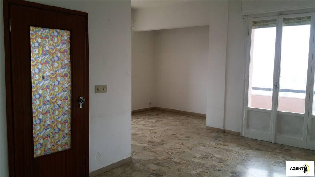 Appartamento in vendita a Lugo, 5 locali, prezzo € 75.000 | Cambio Casa.it