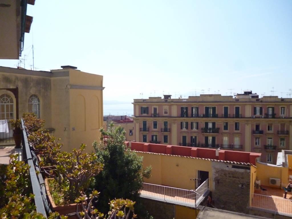 Appartamento in Via Suor Orsola, Chiaia , Mergellina, Napoli