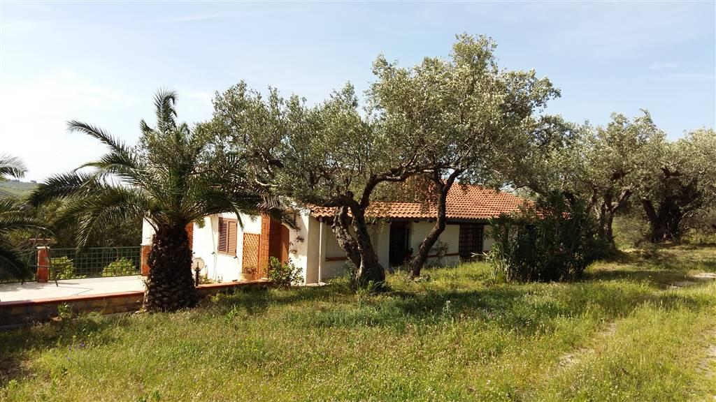 Villa in vendita a Sciacca, 10 locali, prezzo € 250.000 | Cambio Casa.it