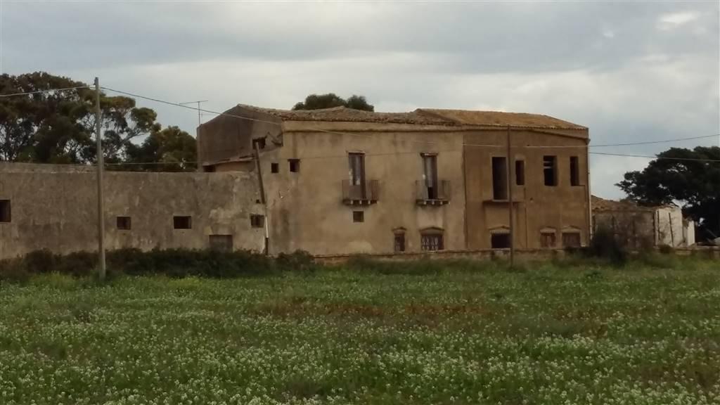 Rustico / Casale in vendita a Sciacca, 50 locali, prezzo € 600.000 | CambioCasa.it
