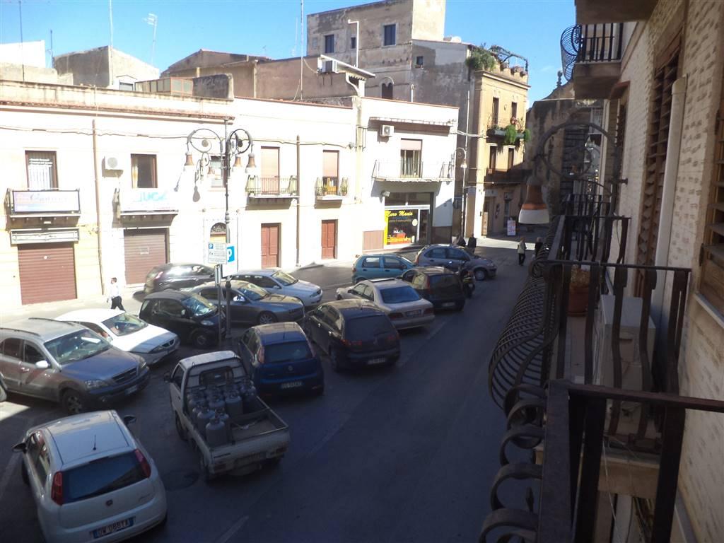 Appartamento in vendita a Sciacca, 6 locali, prezzo € 190.000   CambioCasa.it