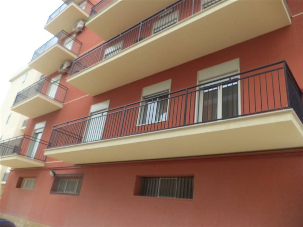 Appartamento in vendita a Sciacca, 6 locali, prezzo € 210.000   Cambio Casa.it