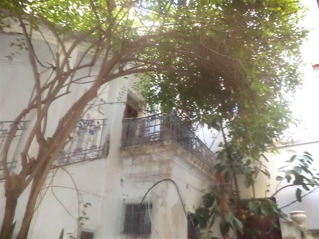 Palazzo / Stabile in vendita a Sciacca, 15 locali, Trattative riservate | Cambio Casa.it
