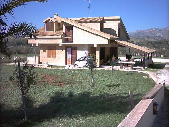 Villa in Vendita a Ribera