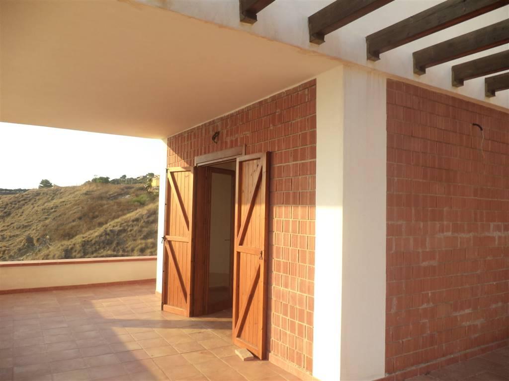 Villa in vendita a Sciacca, 6 locali, prezzo € 340.000 | Cambio Casa.it