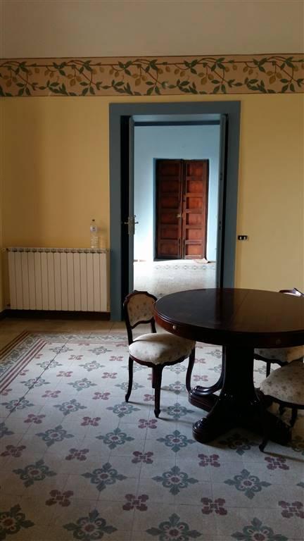 Appartamento in affitto a Sciacca, 6 locali, prezzo € 600 | Cambio Casa.it