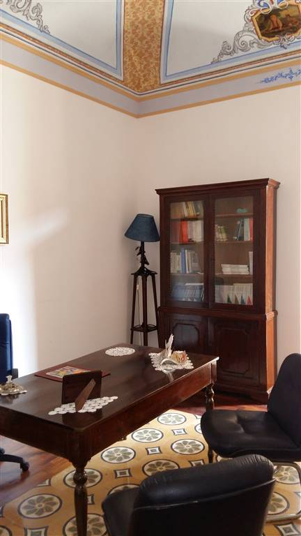 Appartamento in affitto a Sciacca, 6 locali, prezzo € 700 | Cambio Casa.it