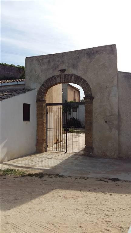Rustico / Casale in vendita a Sciacca, 9 locali, prezzo € 190.000 | CambioCasa.it