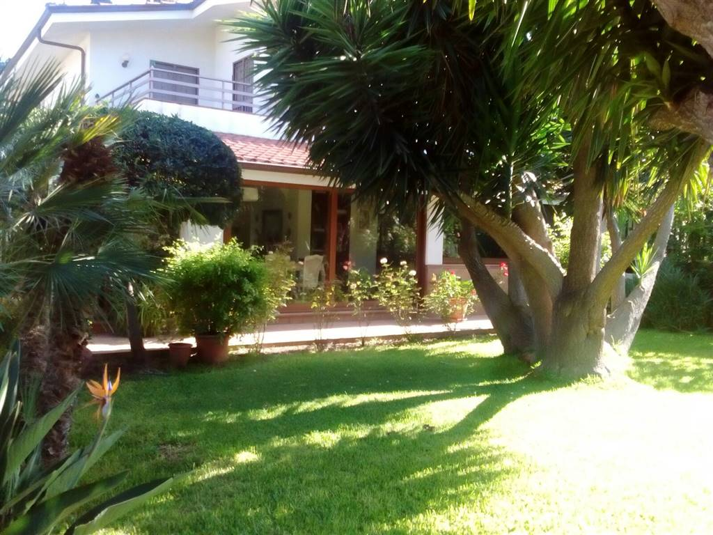 Villa in vendita a Palermo, 6 locali, zona Zona: Tommaso Natale, prezzo € 790.000 | CambioCasa.it