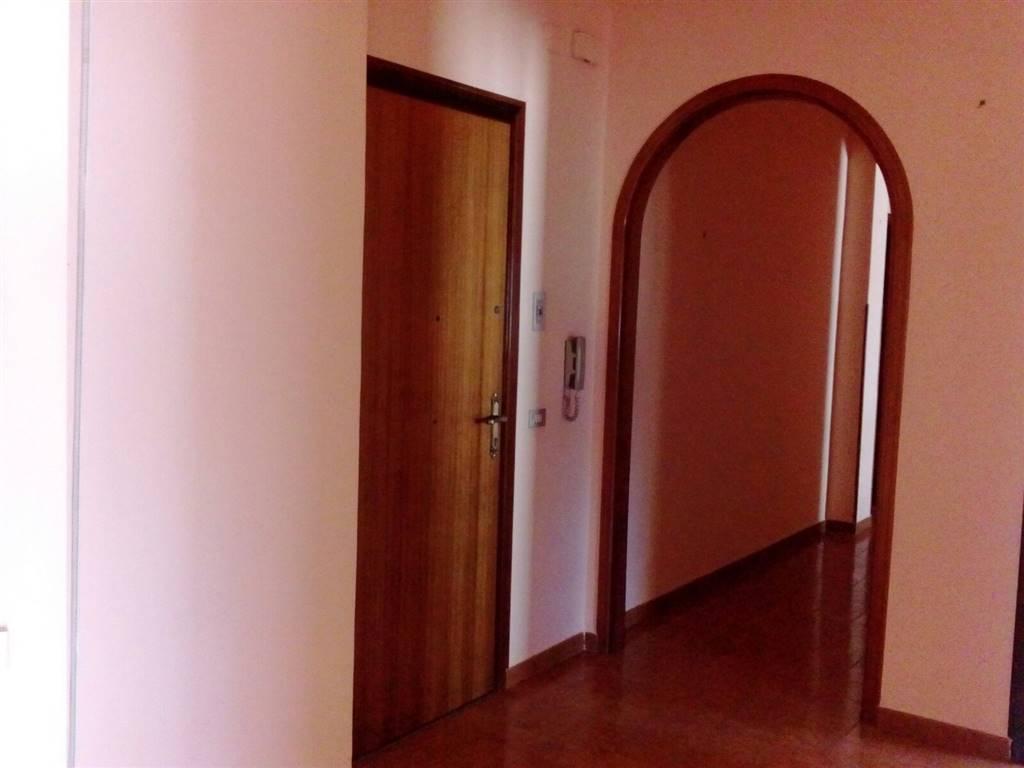 Appartamento in vendita a Sciacca, 5 locali, prezzo € 90.000   CambioCasa.it