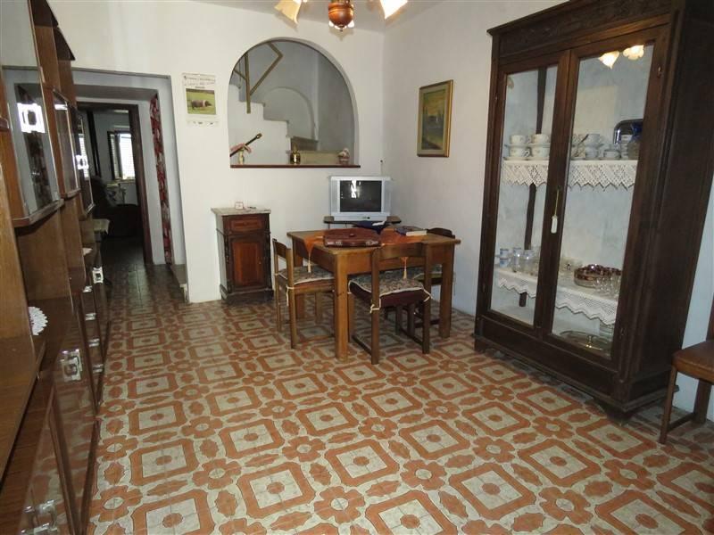 Soluzione Indipendente in vendita a Riparbella, 4 locali, prezzo € 80.000 | Cambio Casa.it
