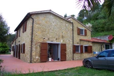 Rustico / Casale in vendita a Riparbella, 8 locali, prezzo € 580.000 | Cambio Casa.it