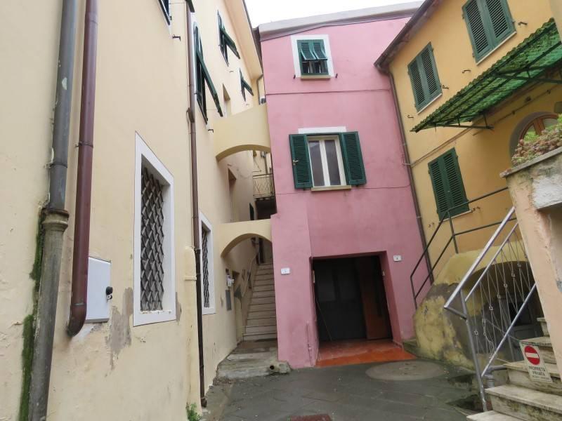 Appartamento in vendita a Riparbella, 2 locali, prezzo € 60.000 | CambioCasa.it