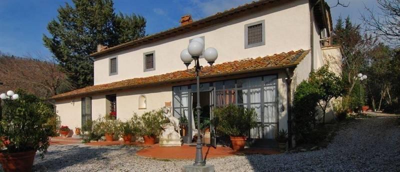 Villa in vendita a Calenzano, 15 locali, prezzo € 1.250.000 | CambioCasa.it