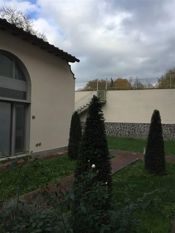 Loft / Openspace in vendita a Prato, 2 locali, zona Località: MONTEGRAPPA, Trattative riservate | CambioCasa.it