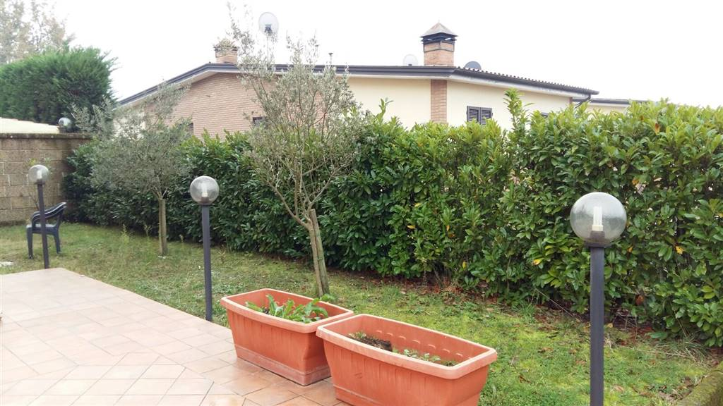 Villa in Vendita a Pratola Serra