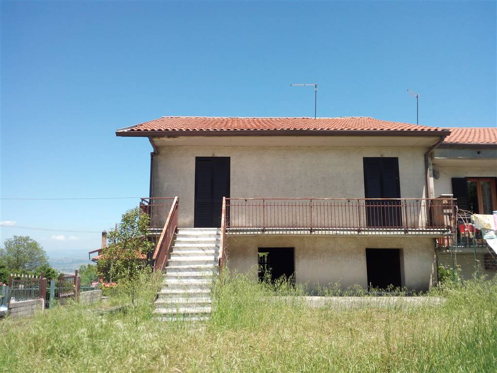 Case montemiletto compro casa montemiletto in vendita e for Case affitto avellino arredate