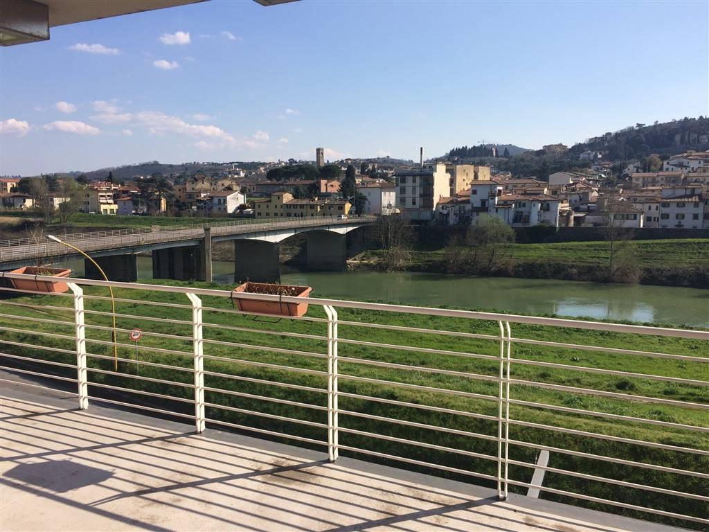 Attico / Mansarda in vendita a Lastra a Signa, 5 locali, zona Zona: Ponte a Signa, prezzo € 250.000 | Cambio Casa.it