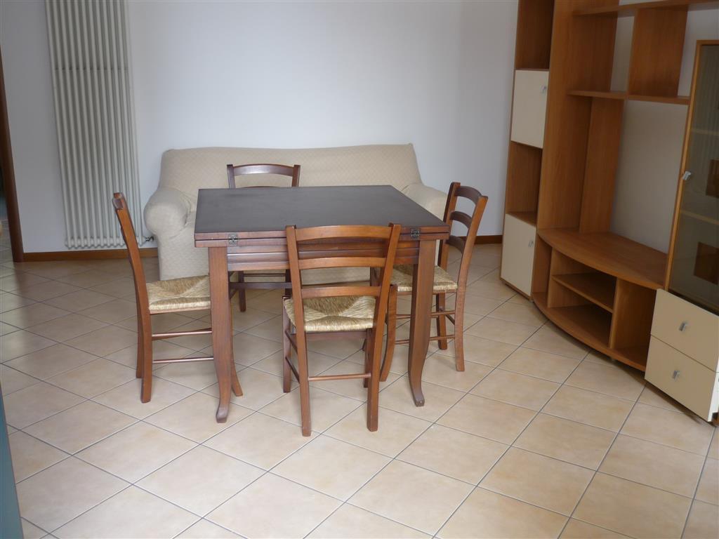 Soluzione Indipendente in affitto a Lusia, 4 locali, prezzo € 380 | CambioCasa.it