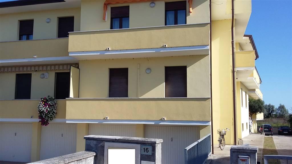Appartamento in affitto a Villanova del Ghebbo, 4 locali, prezzo € 300 | CambioCasa.it