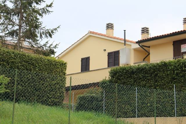 Appartamento in vendita a Guardistallo, 3 locali, prezzo € 125.000 | CambioCasa.it