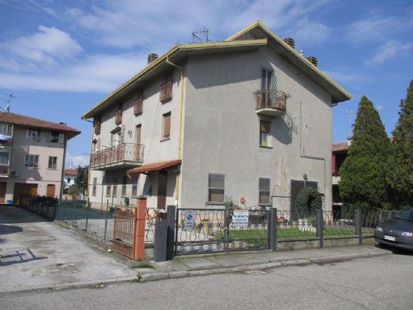 Appartamento in vendita a Ostellato, 4 locali, prezzo € 60.000 | CambioCasa.it