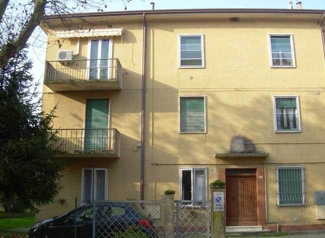 Appartamento in vendita a Ostellato, 4 locali, prezzo € 43.000 | CambioCasa.it