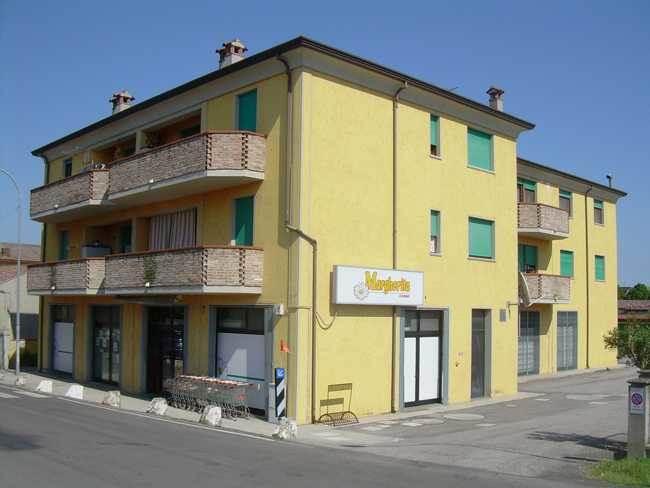 Appartamento in affitto a Fiscaglia, 4 locali, zona Località: MIGLIARO, prezzo € 380 | CambioCasa.it
