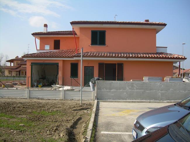 Villa a Schiera in vendita a Ostellato, 4 locali, prezzo € 160.000   CambioCasa.it