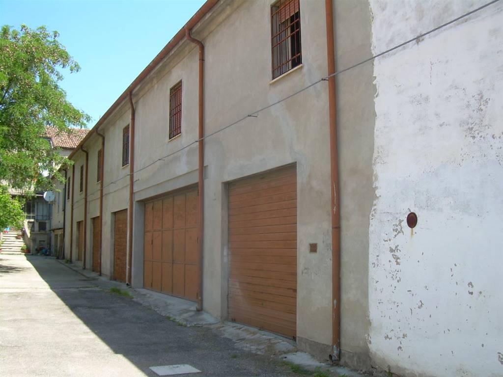 Magazzino in vendita a Fiscaglia, 9999 locali, zona Località: Migliarino, prezzo € 55.000   CambioCasa.it