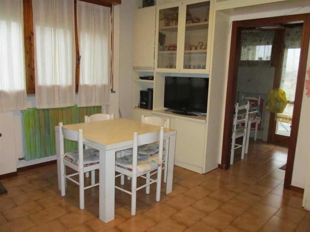 Appartamento in vendita a Portomaggiore, 4 locali, prezzo € 49.000 | CambioCasa.it