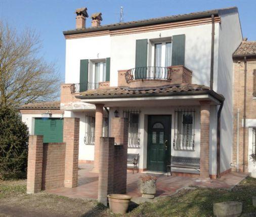 Villa Bifamiliare in Vendita a Fiscaglia