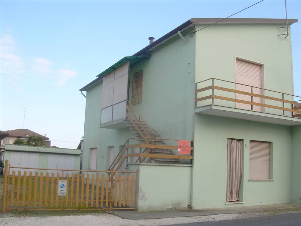 Soluzione Indipendente in vendita a Ostellato, 8 locali, prezzo € 75.000 | CambioCasa.it