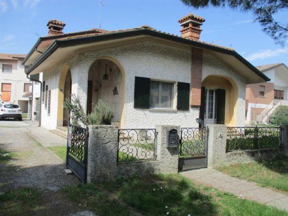 Villa in Vendita a Tresigallo