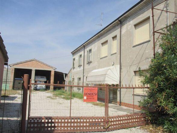 Soluzione Indipendente in vendita a Ostellato, 9 locali, zona Località: DOGATO, prezzo € 130.000 | CambioCasa.it