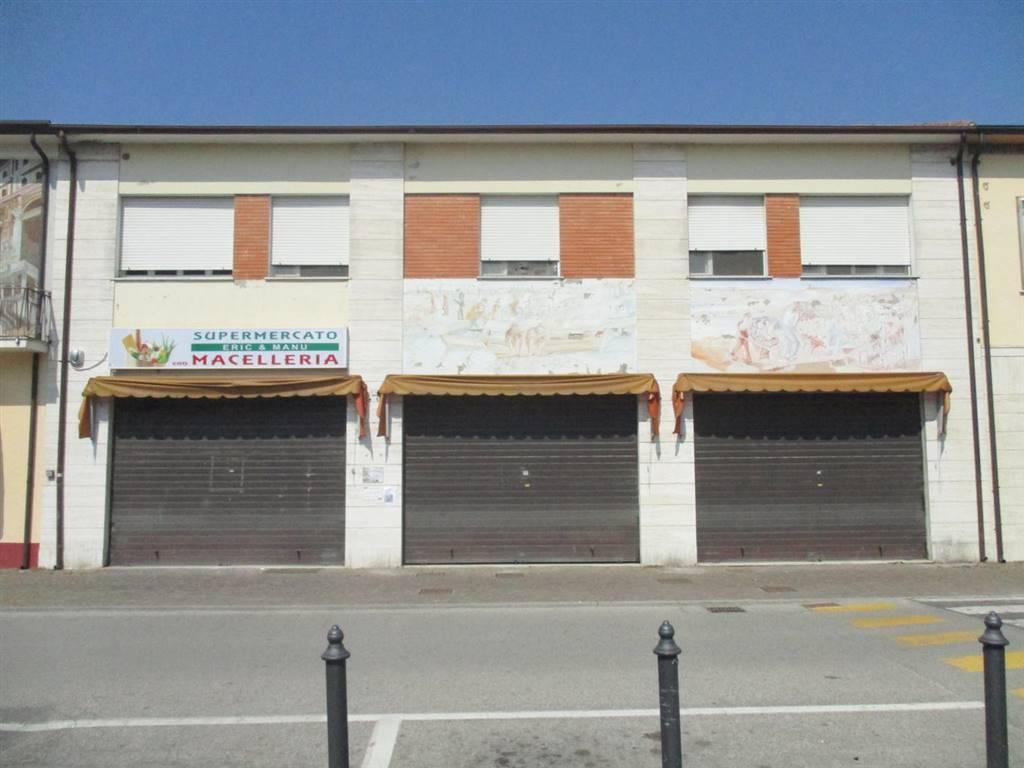 Negozio / Locale in vendita a Ostellato, 3 locali, prezzo € 98.000 | CambioCasa.it