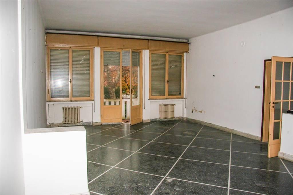 Appartamento in vendita a Rimini, 6 locali, zona Zona: Marina Centro, prezzo € 370.000 | CambioCasa.it