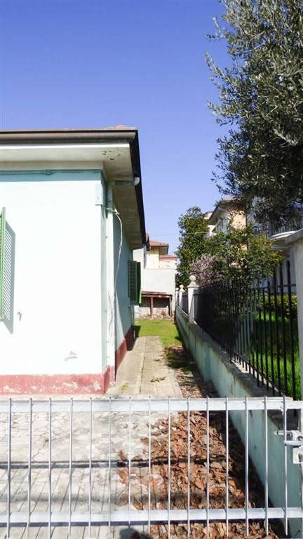 Soluzione Indipendente in vendita a Rimini, 5 locali, zona Zona: Marebello, prezzo € 260.000 | CambioCasa.it