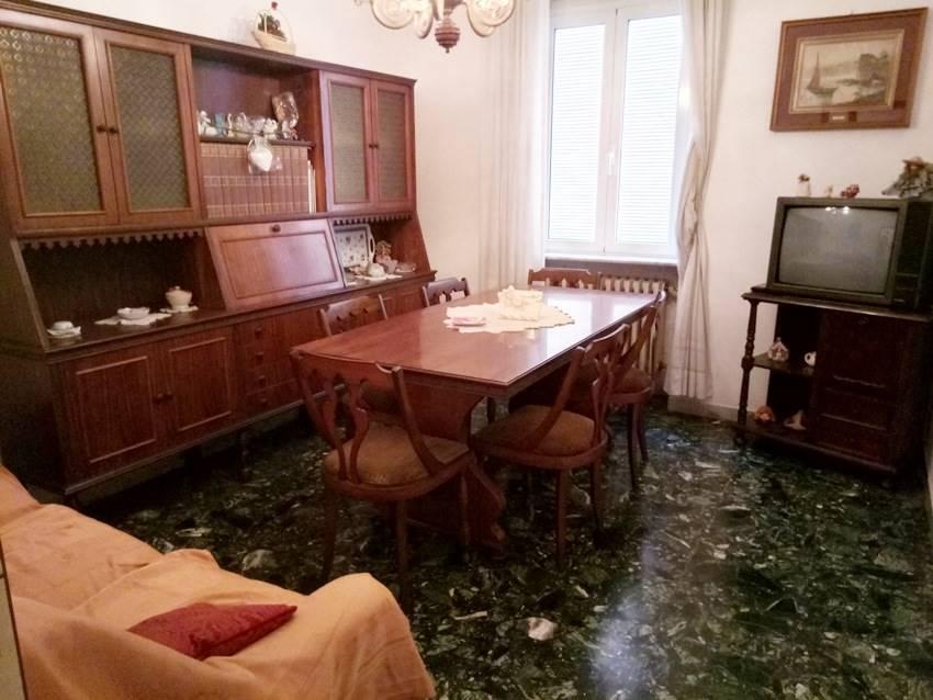 Appartamento in vendita a Rimini, 5 locali, zona Zona: Tripoli, prezzo € 180.000 | CambioCasa.it