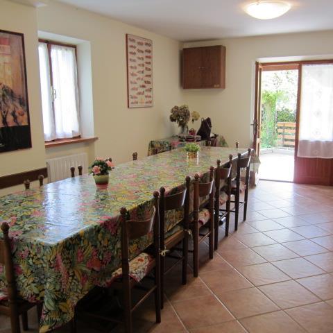 Villa in vendita a Piteglio, 9 locali, zona Zona: Prunetta, prezzo € 210.000 | Cambio Casa.it