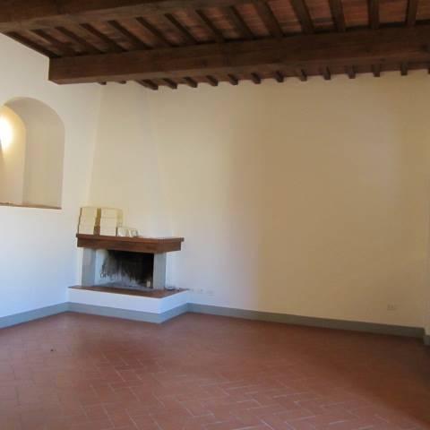 Appartamento in affitto a Vaglia, 4 locali, zona Zona: San Jacopo, prezzo € 1.200 | CambioCasa.it