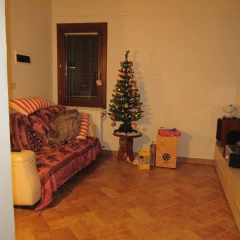 Appartamento in vendita a Calenzano, 4 locali, zona Località: IL ROSI, prezzo € 179.000   Cambio Casa.it