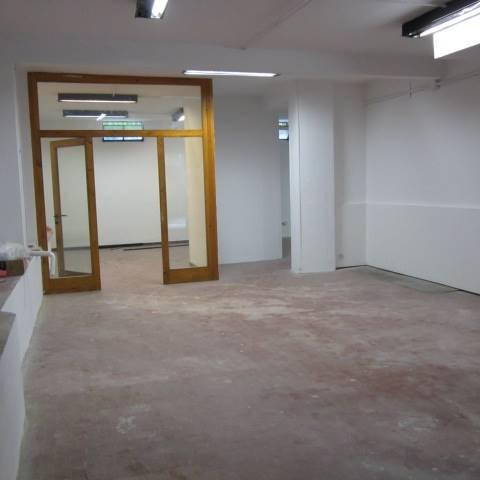 Laboratorio in affitto a Scandicci, 3 locali, zona Zona: Casellina, prezzo € 600 | Cambio Casa.it