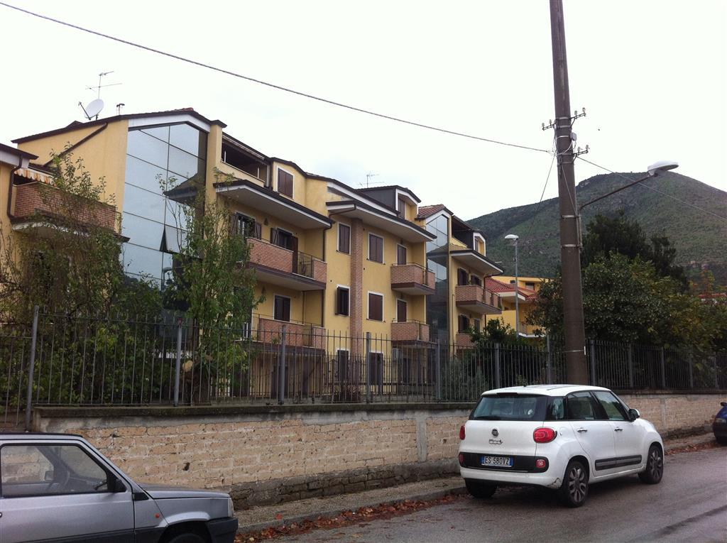 Case caserta compro casa caserta in vendita e affitto su for Affitto caserta arredato