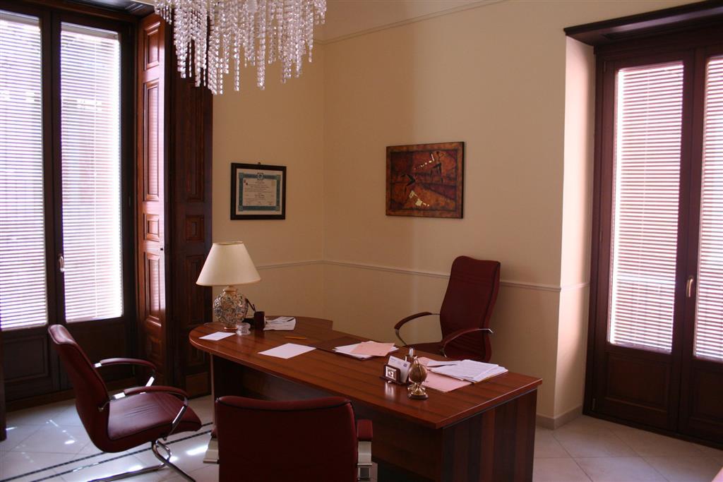 Palazzo-stabile Vendita Scordia